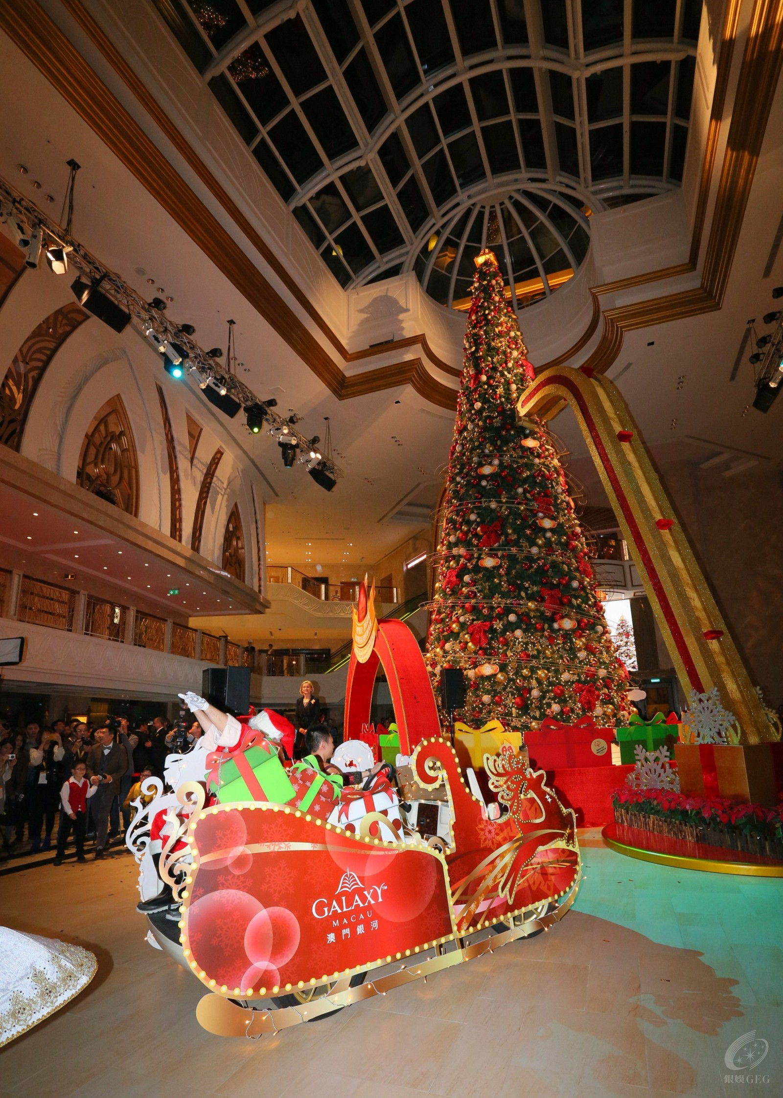 East Square is filled with a general air of joy and jubilation with the  colorful Christmas decorations.
